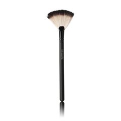 Oriflame 24149 - Cọ hình quạt Oriflame Beauty Professional Fan Powder Brush (24149 Oriflame)